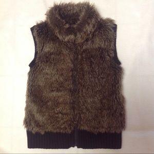 Heart N Crush Brown Faux Fur Zip Vest Medium